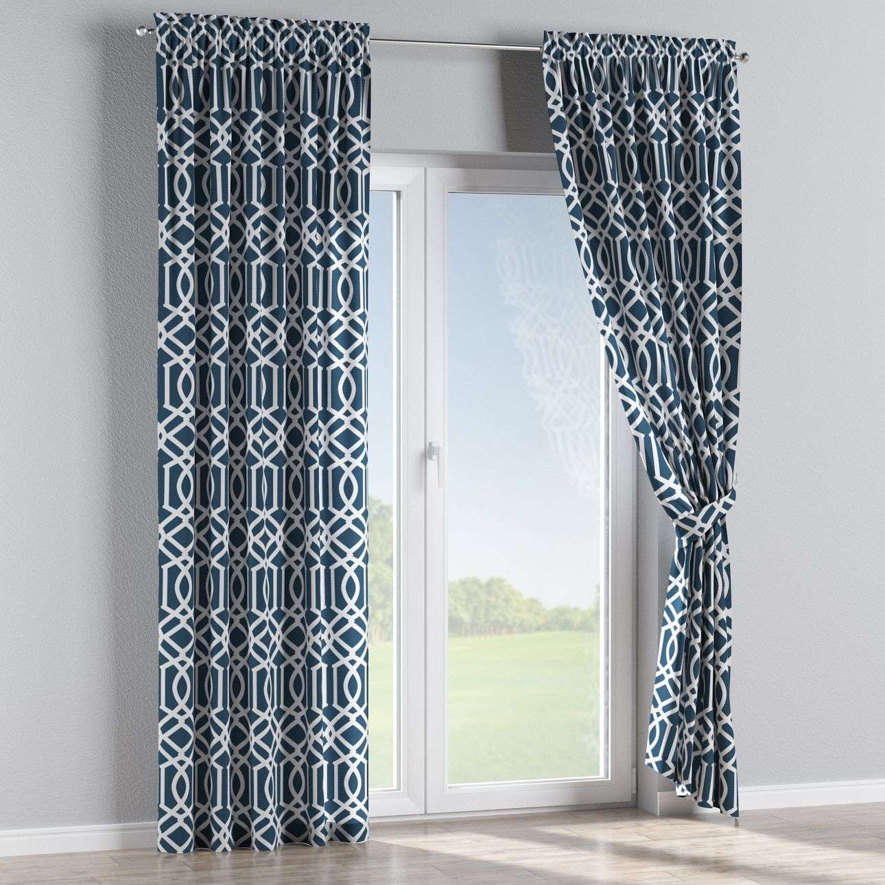 Slot and frill curtains 130 x 260 cm (51 x 102 inch) in collection Comic Book & Geo Prints, fabric: 135-10