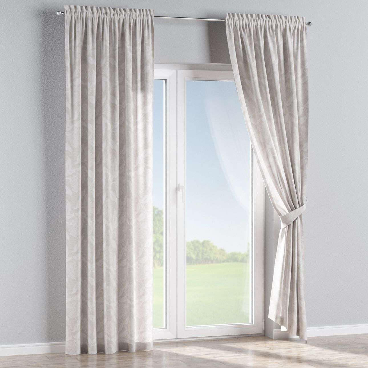Slot and frill curtains in collection Venice, fabric: 140-51