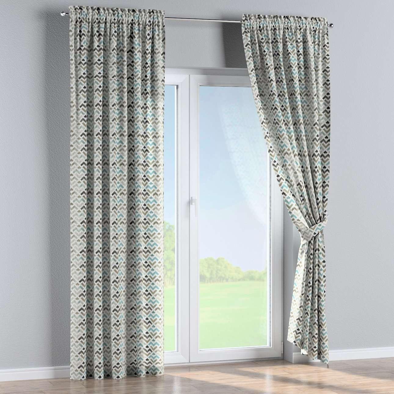 Bujtatós függöny rüssel a kollekcióból Modern Lakástextil, Dekoranyag: 141-93