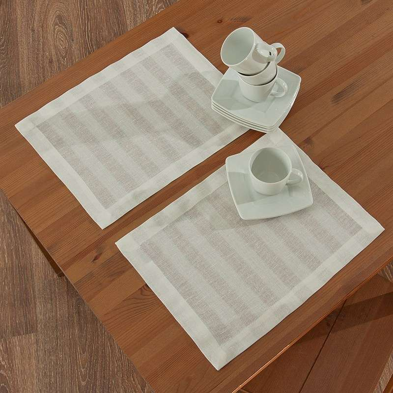 Spisebrikker 2 stk. fra kolleksjonen Linen, Stoffets bredde: 392-03