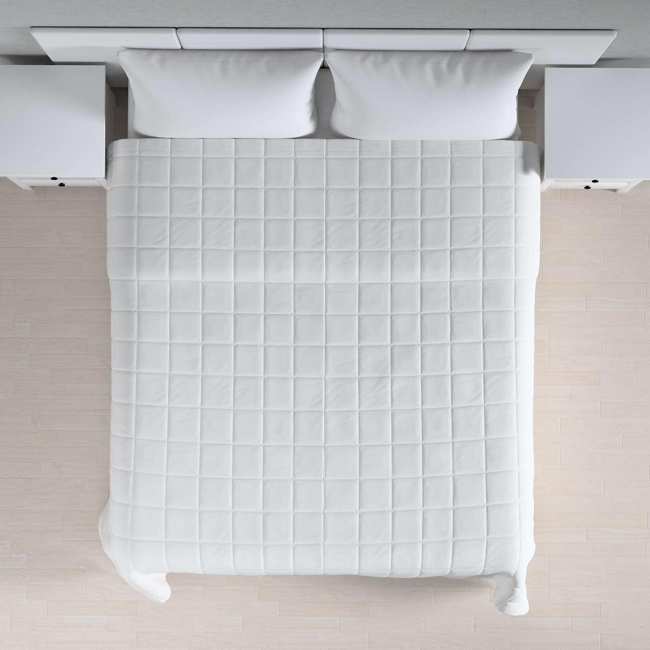 Prehoz prešívaný do štvorcov V kolekcii Loneta, tkanina: 133-02
