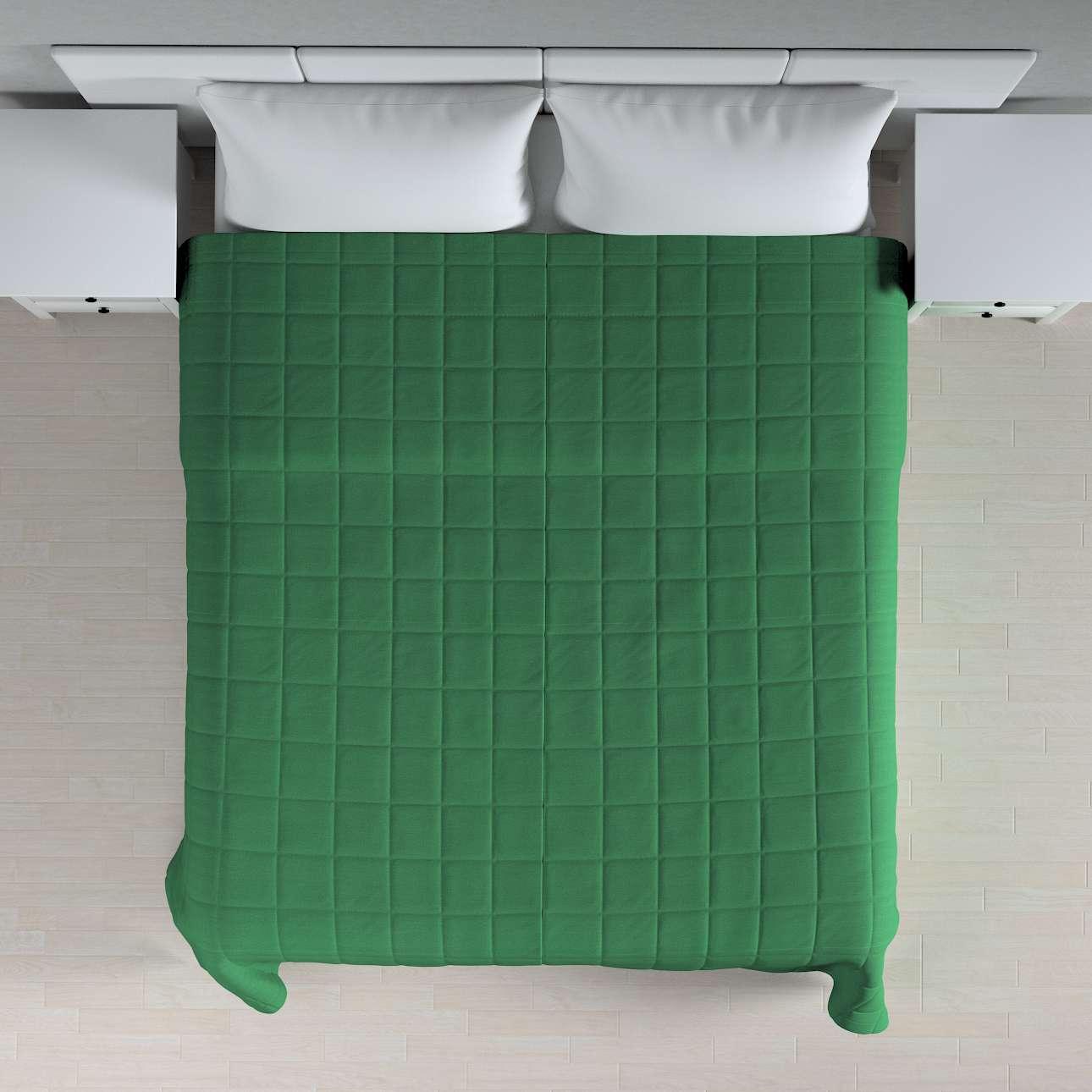 Prehoz prešívaný do štvorcov V kolekcii Loneta, tkanina: 133-18