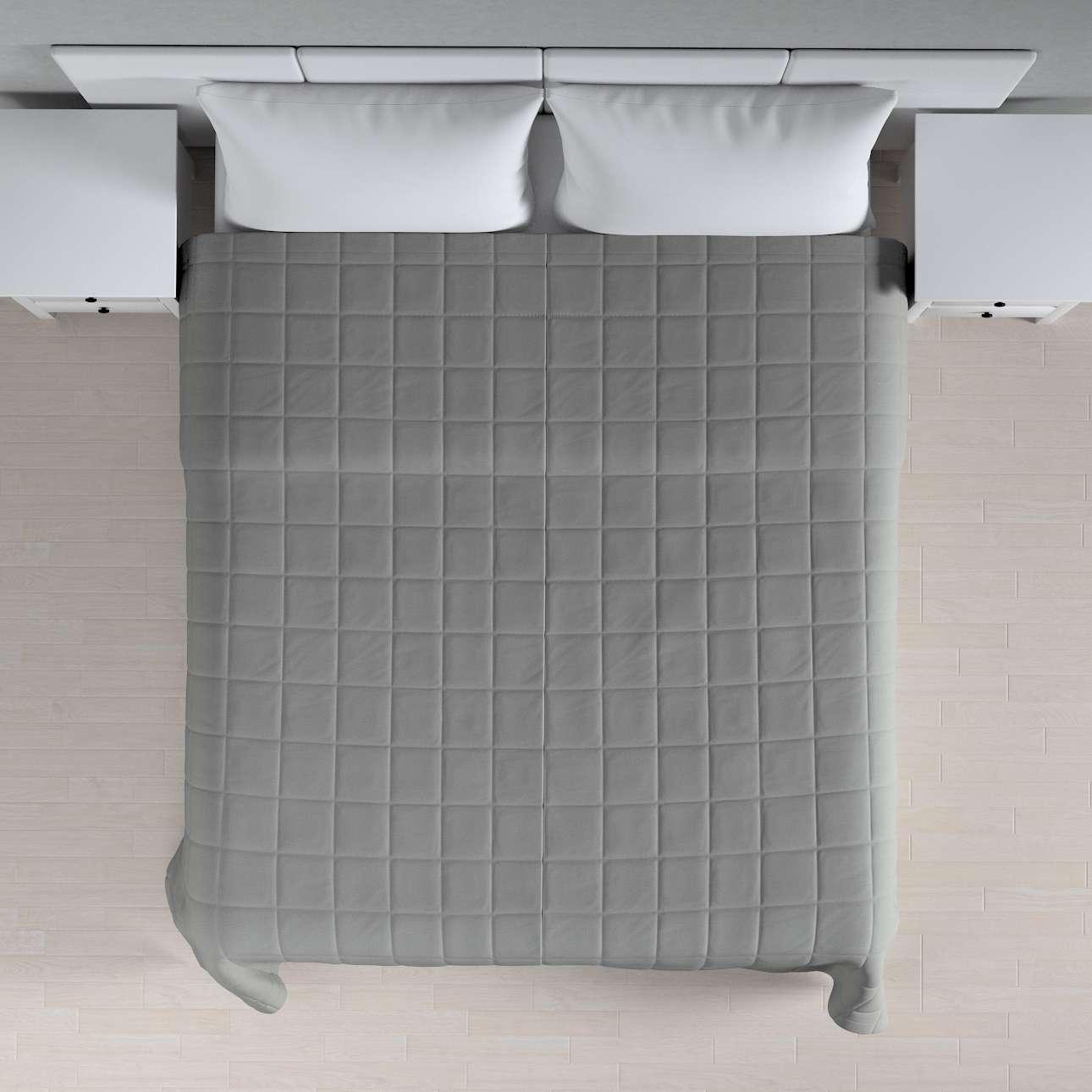 Prehoz prešívaný do štvorcov V kolekcii Loneta, tkanina: 133-24