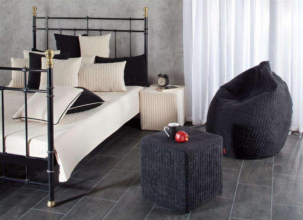 Cream & Black lovatiesės ir pagalvėlių komplektas Lovatiesė 140x210cm + 2 pagalvėlės 60x40