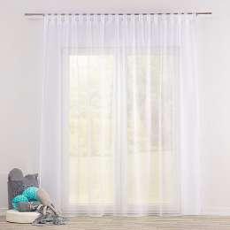 Voálová záclona na poutkách