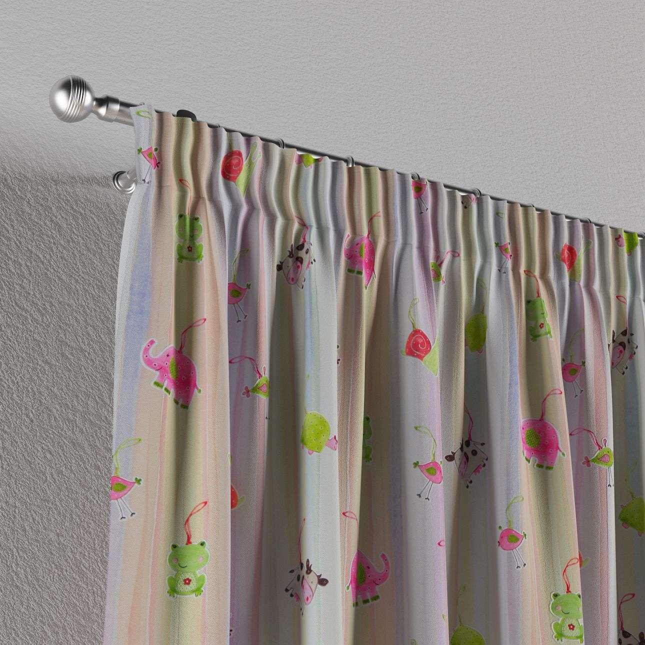 Vorhang mit Kräuselband von der Kollektion Apanona, Stoff: 151-05