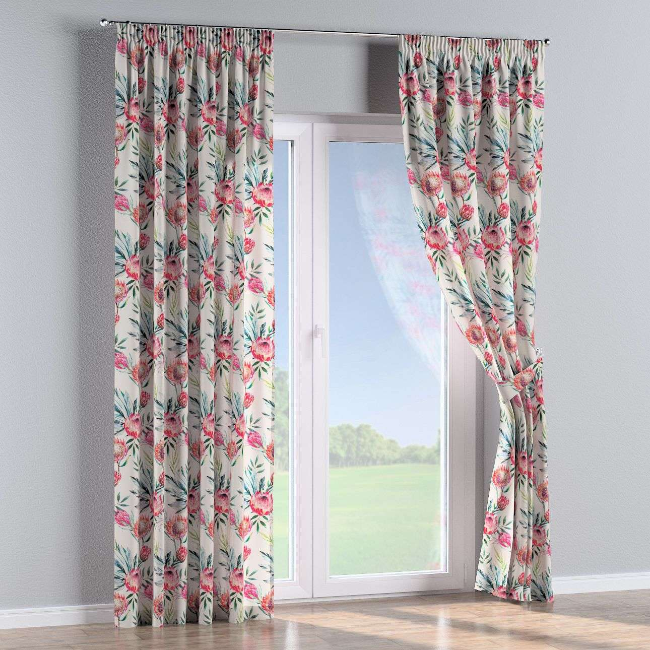 Pencil pleat curtains in collection New Art, fabric: 141-59