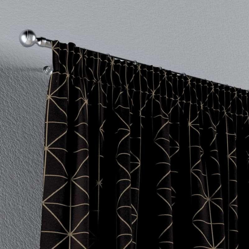 Gardin med rynkband 1 längd i kollektionen Black & White, Tyg: 142-55