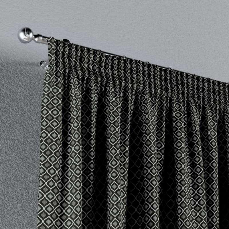 Gardin med rynkband 1 längd i kollektionen Black & White, Tyg: 142-86