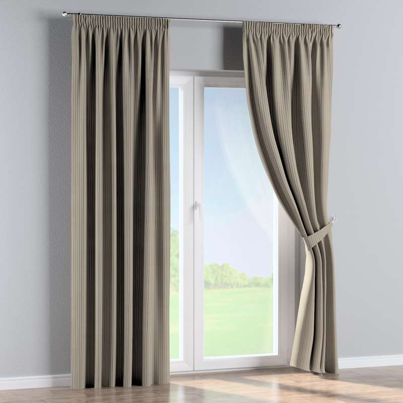 Pencil pleat curtain in collection Londres, fabric: 143-38