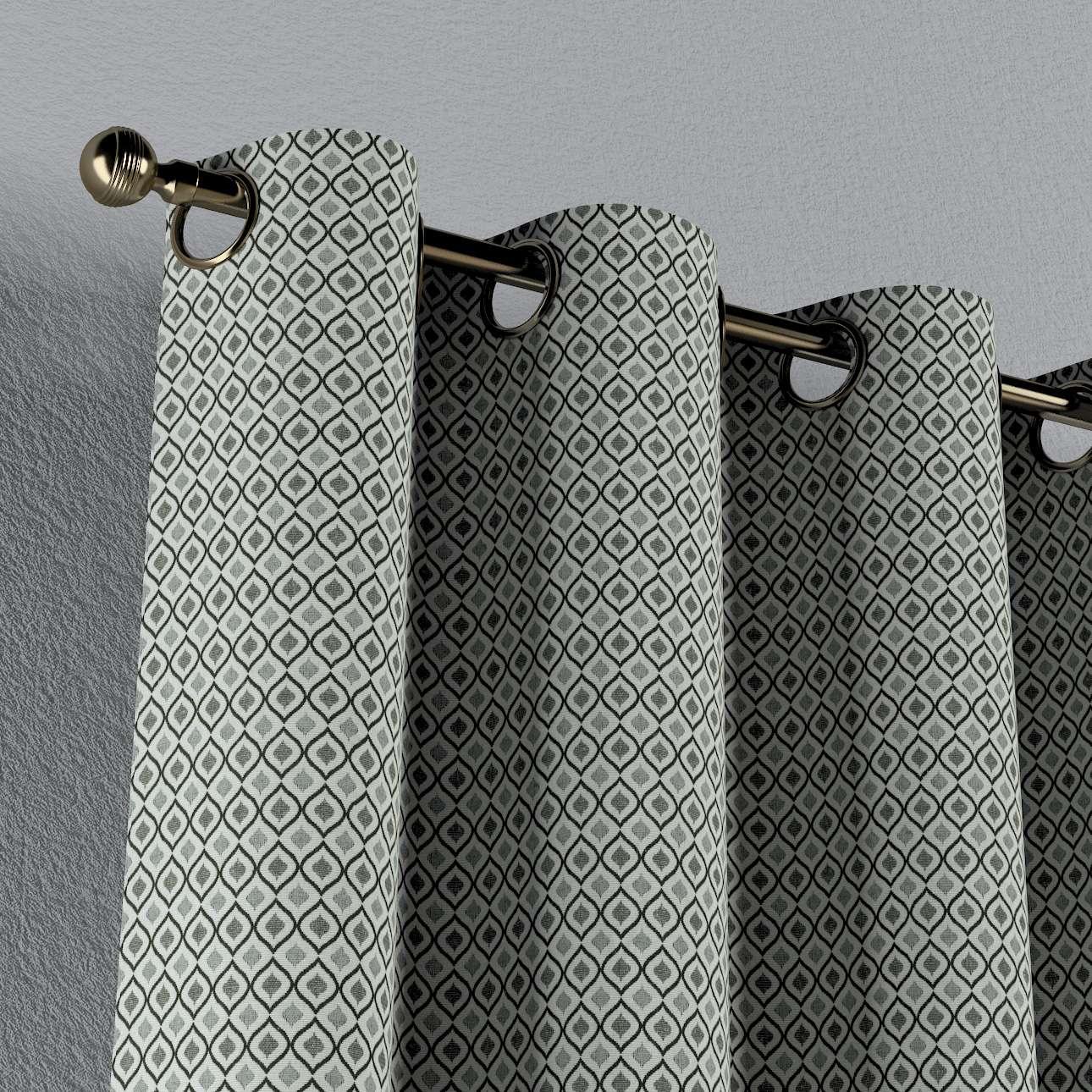 Gardin med maljer 1 stk. fra kolleksjonen Black & White, Stoffets bredde: 142-76
