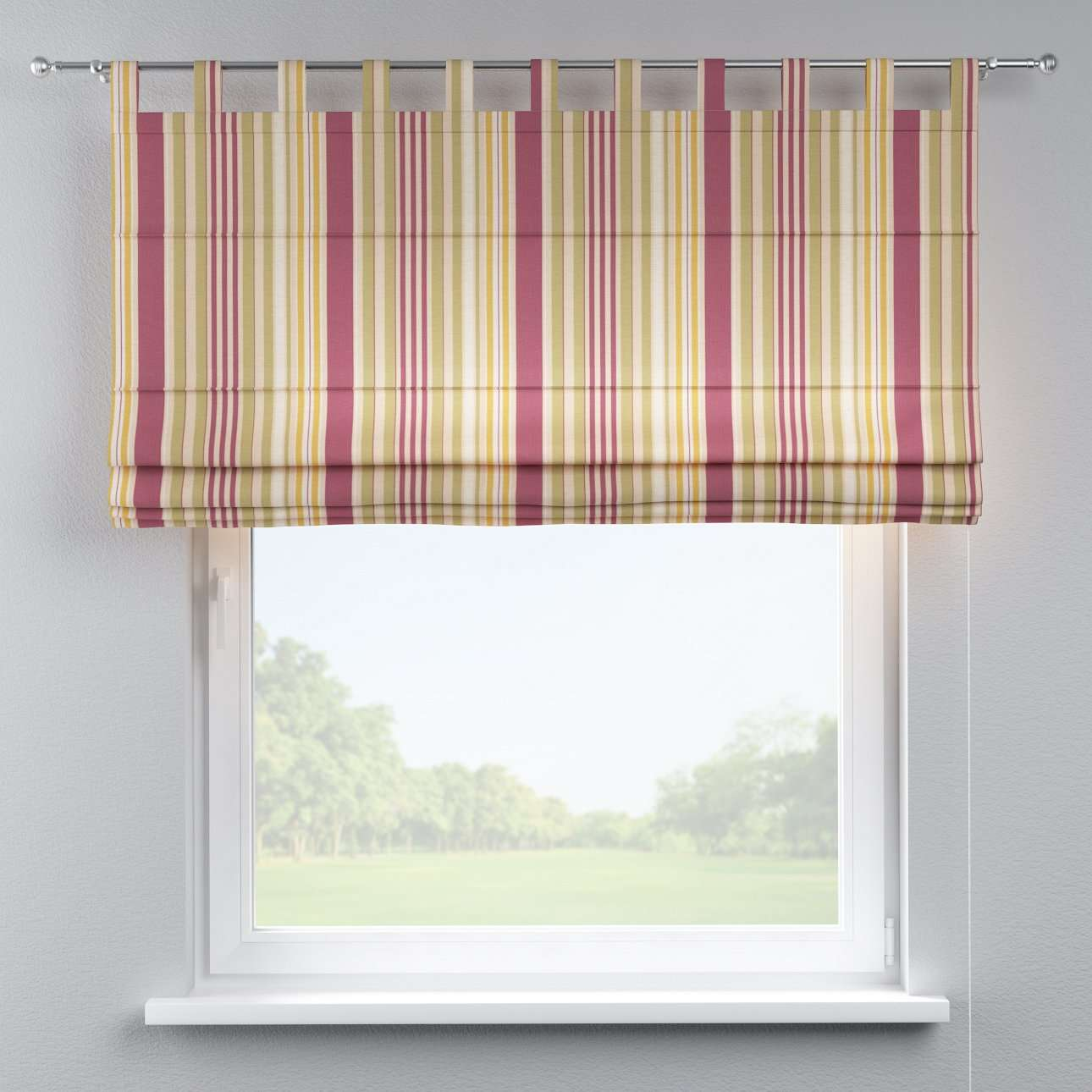 Verona tab top roman blind in collection Londres, fabric: 122-09