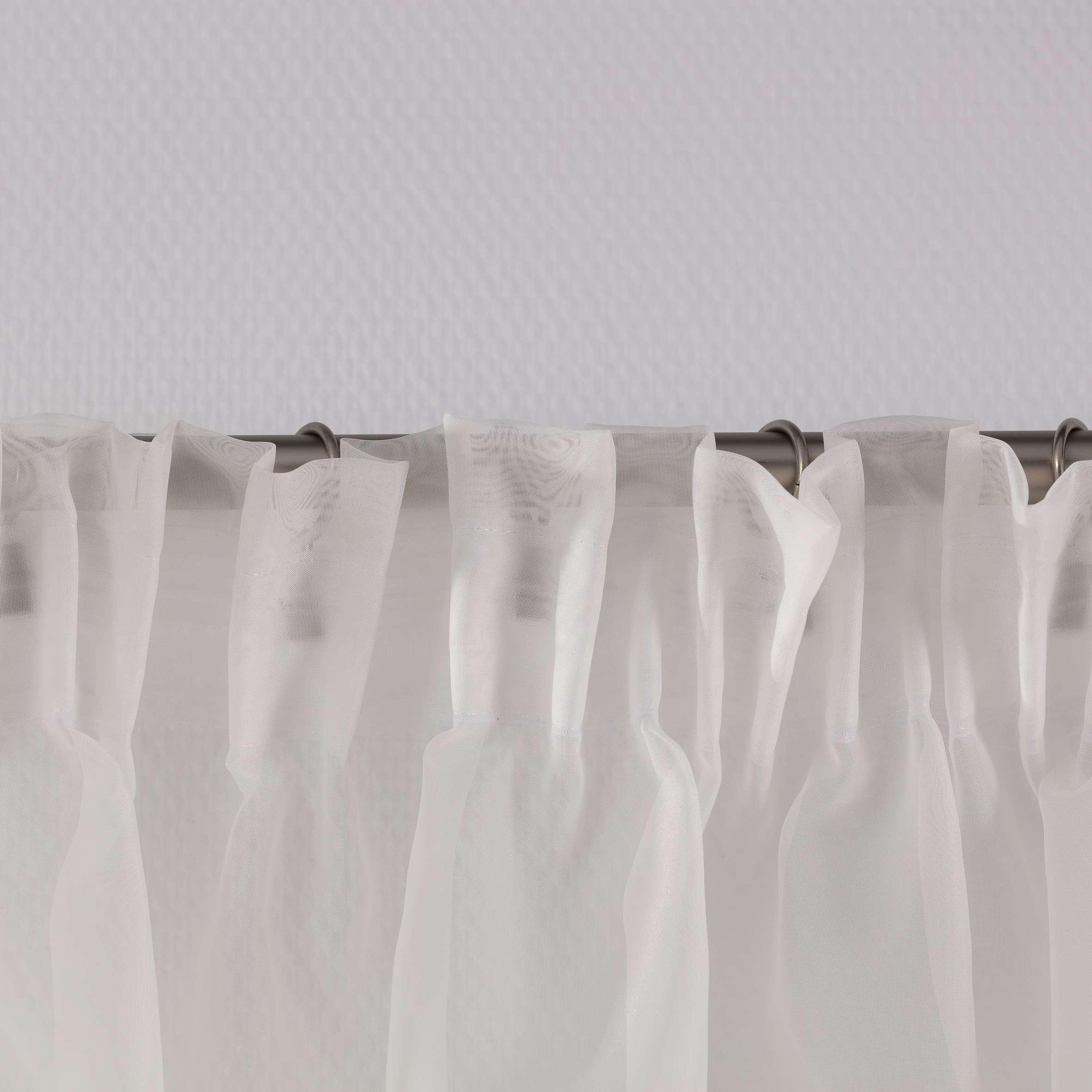 Lily lett voile hvit i metermål fra kolleksjonen Voile, Stoffets bredde: 900-01