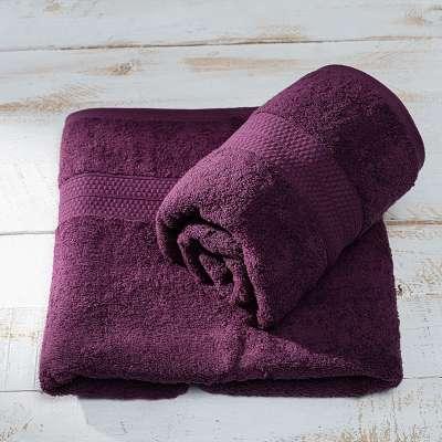 Håndklæde aubergine Produkter der er tilgængelige i dette tekstil 161-76 fra kollektionen Bergen - Dekoria.dk