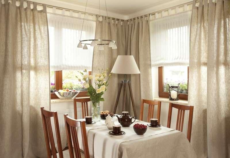 Staltiesės (stalui su kampais) 130 x 130 cm kolekcijoje Linen , audinys: 392-05