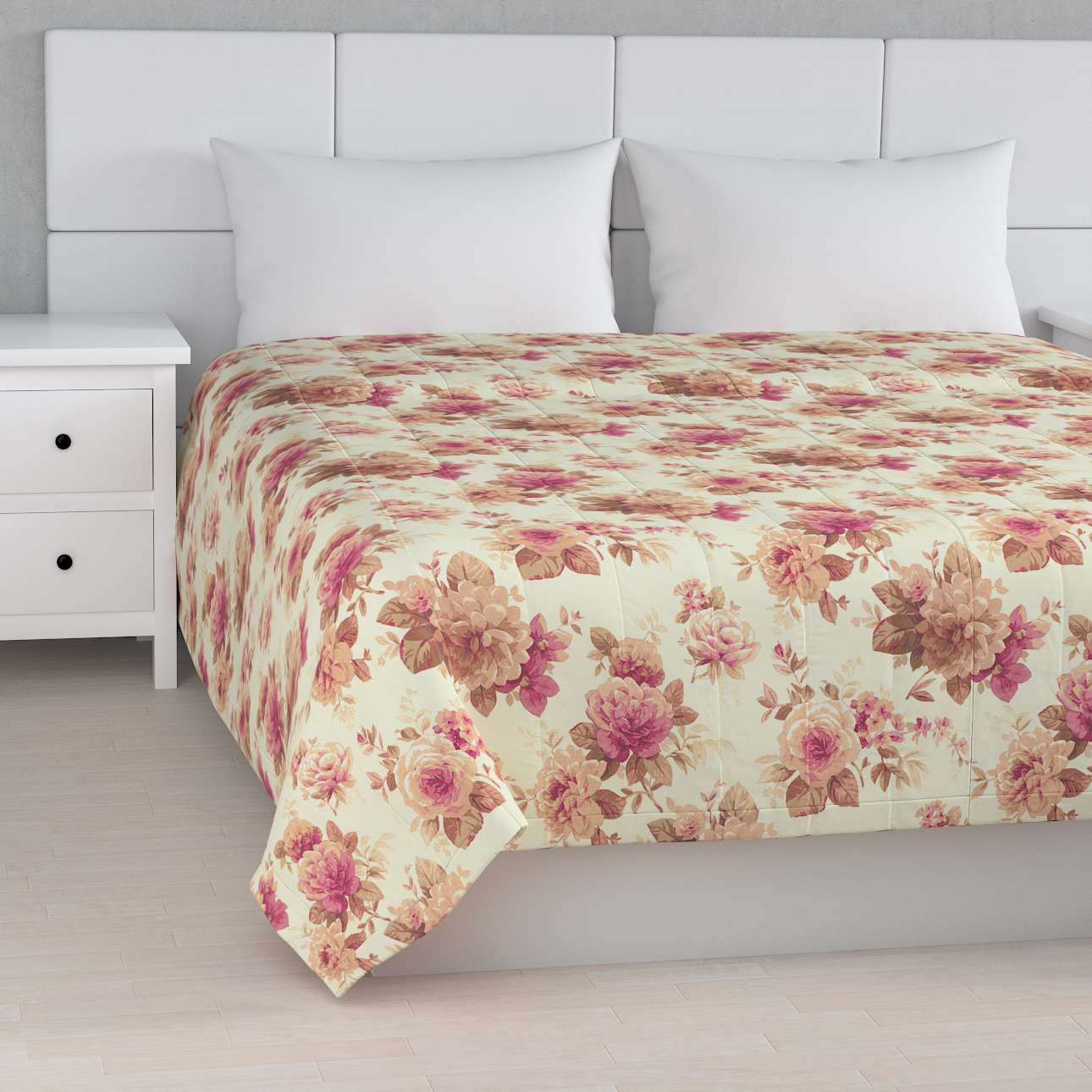 Stripe quilted throw in collection Mirella, fabric: 141-06