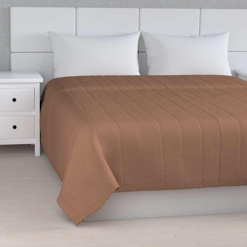 Sengetæppe quiltet<br/>10cm striber fra kollektionen Cotton Panama, Stof: 702-02
