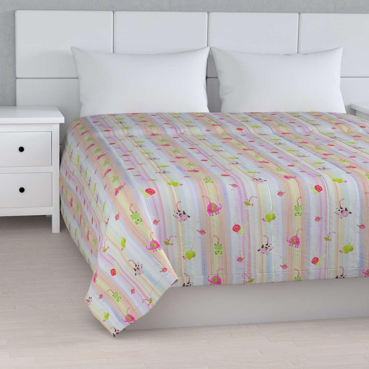 Sengeteppe quiltet<br/>10cm striper 260 × 210 cm fra kolleksjonen Apanona , Stoffets bredde: 151-05
