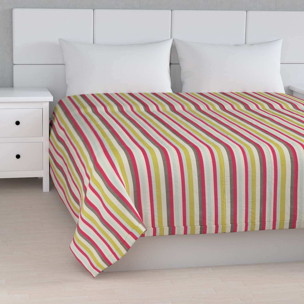 Stripe quilted throw in collection Flowers, fabric: 140-81