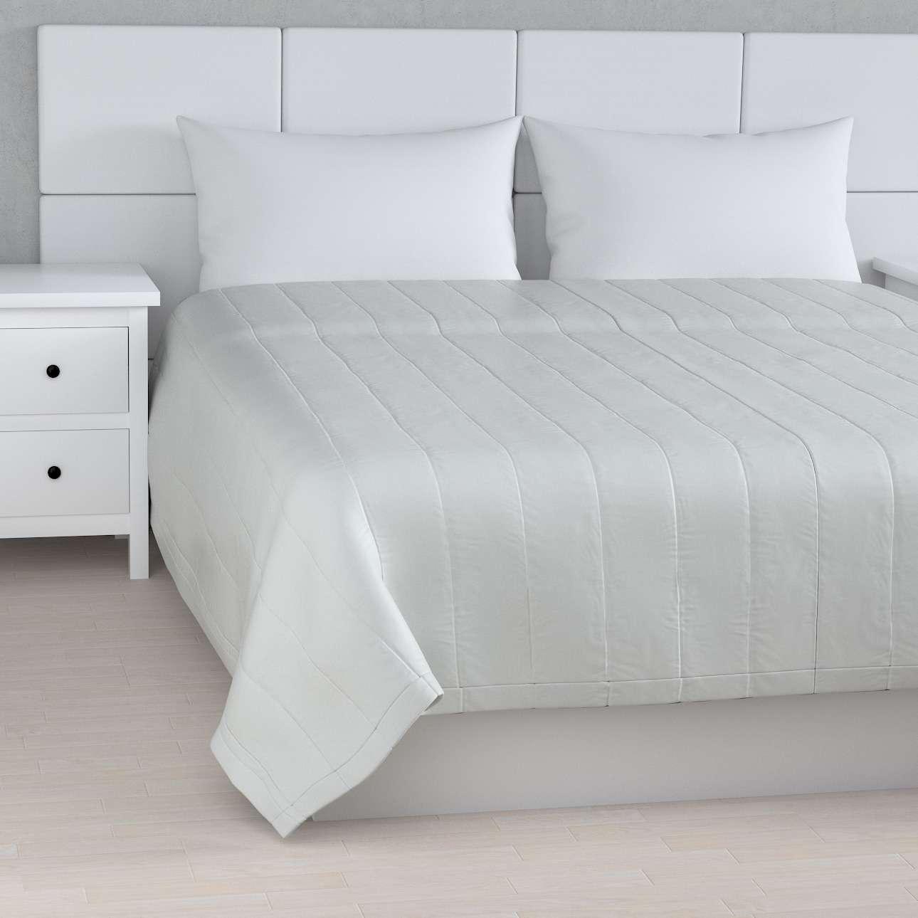 Prehoz na posteľ jednoduchý V kolekcii Damasco, tkanina: 141-77