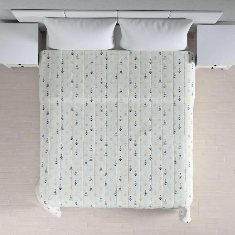 Sengetæppe quiltet<br/>10cm striber fra kollektionen Adventure, Stof: 141-84