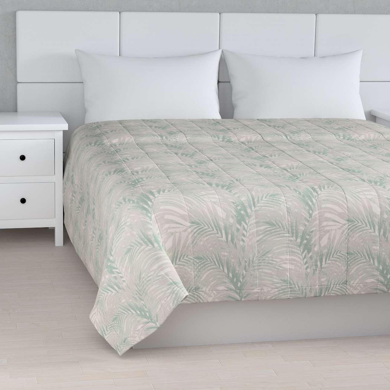Tagesdecke mit Streifen-Steppung von der Kollektion Gardenia, Stoff: 142-15