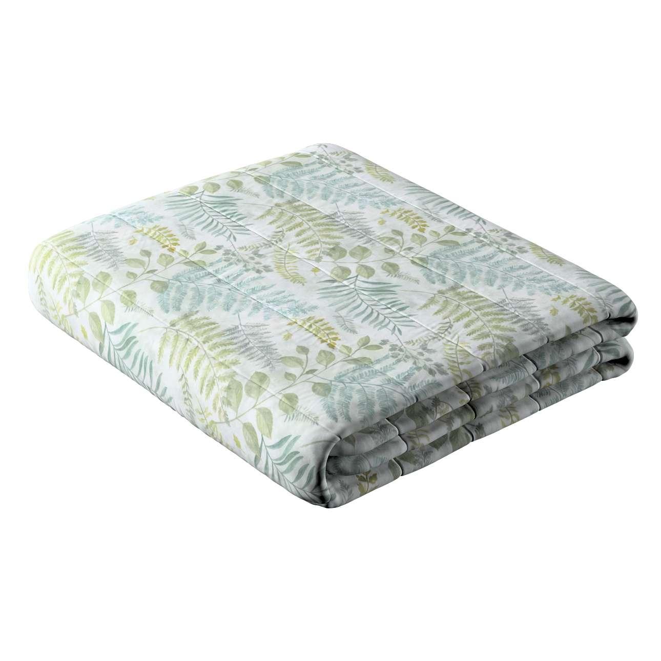 Narzuta pikowana w pasy w kolekcji Pastel Forest, tkanina: 142-46