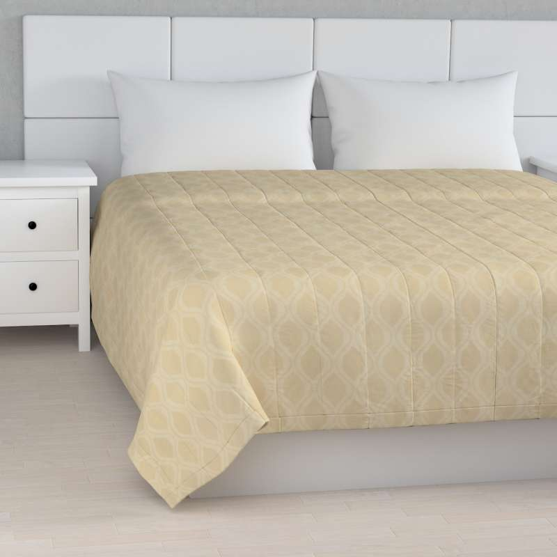 Stripe quilted throw in collection Damasco, fabric: 142-53