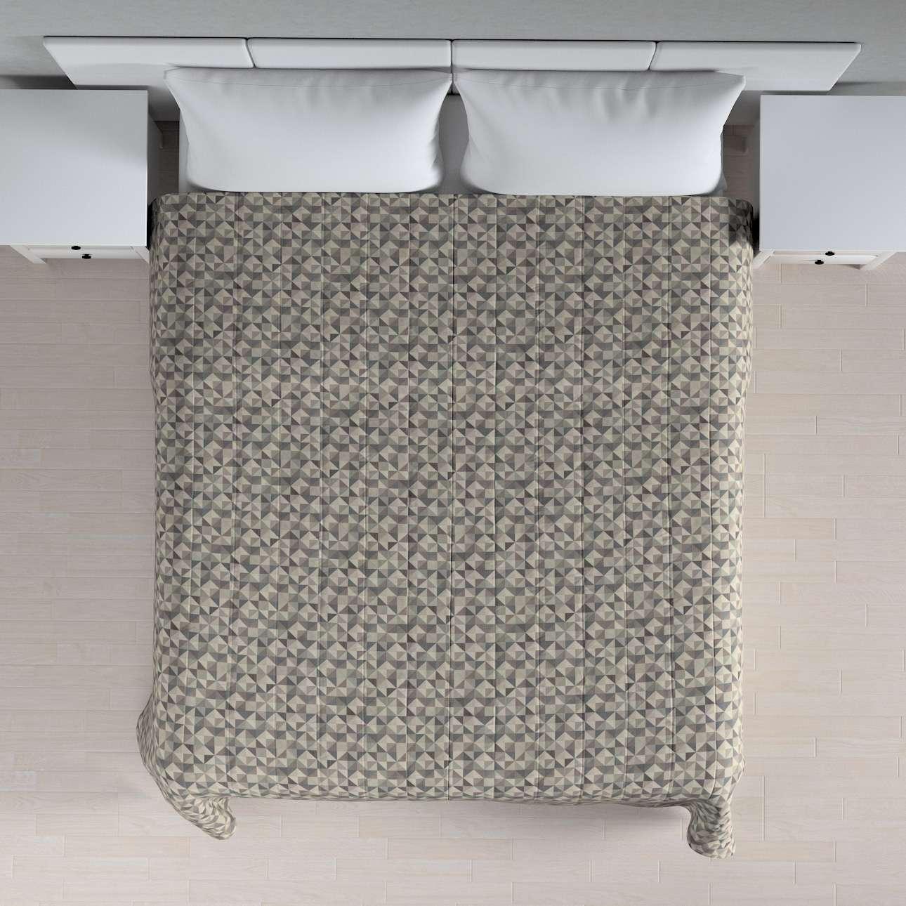 Sengeteppe quiltet<br/>10cm striper fra kolleksjonen Retro Glam, Stoffets bredde: 142-84