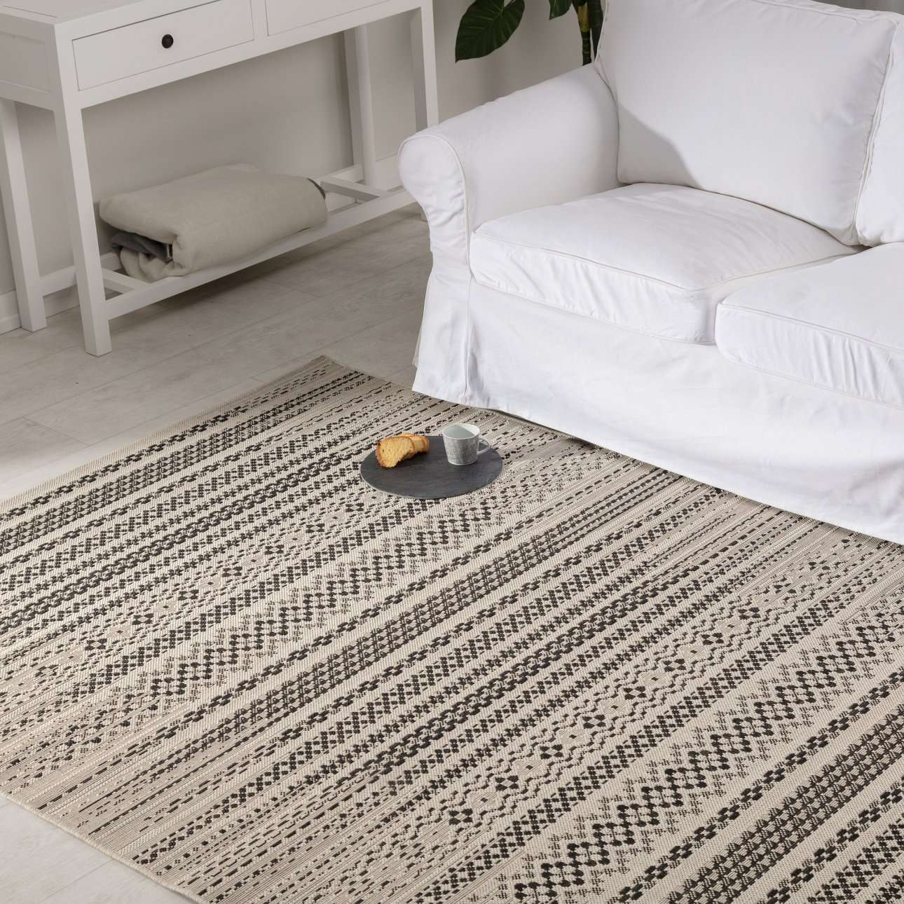 Teppich Modern Etno wool/ black 160x230cm