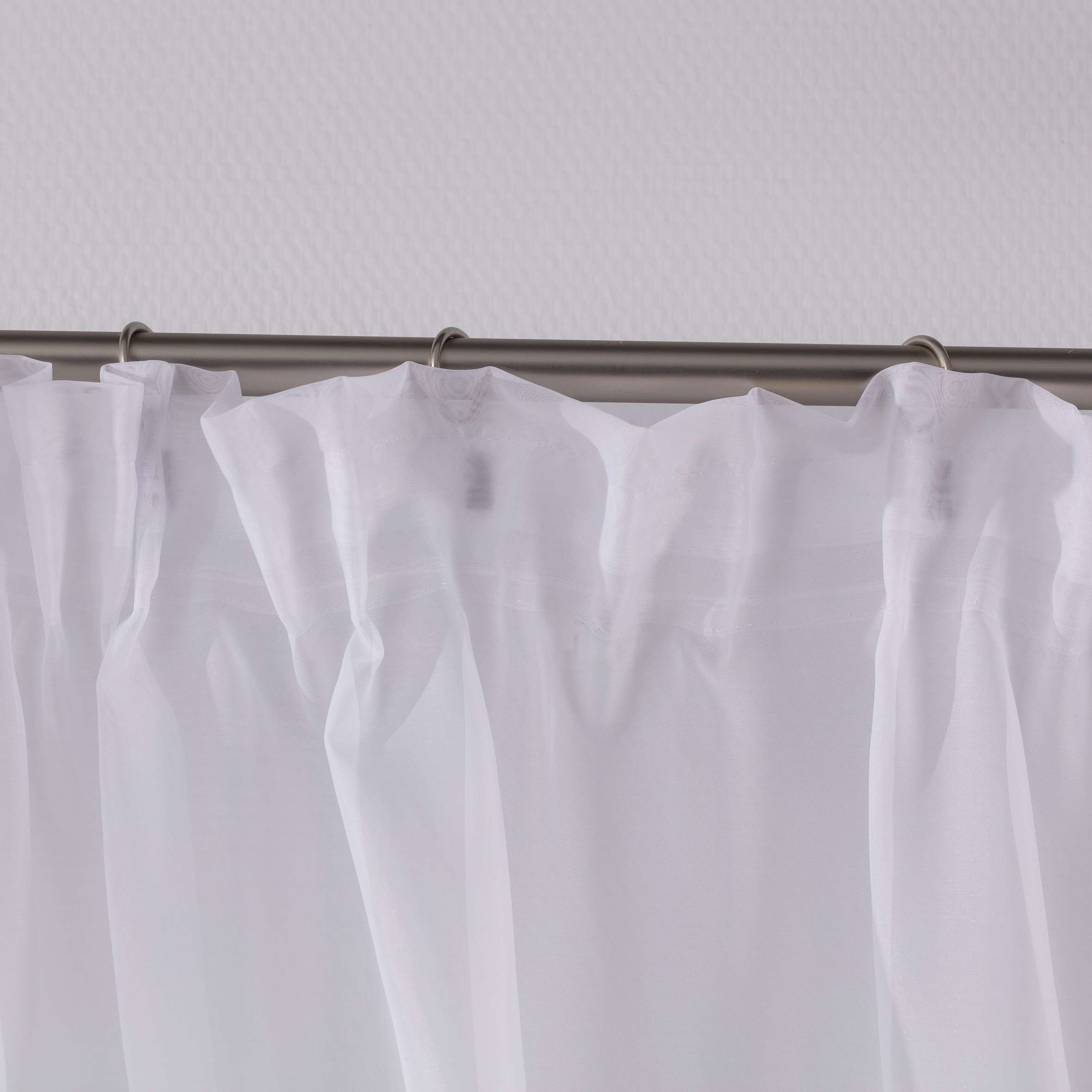Záclonky Lily 2 ks.,  voál s krajkou - krátke V kolekcii Voálové záclony, tkanina: 900-00