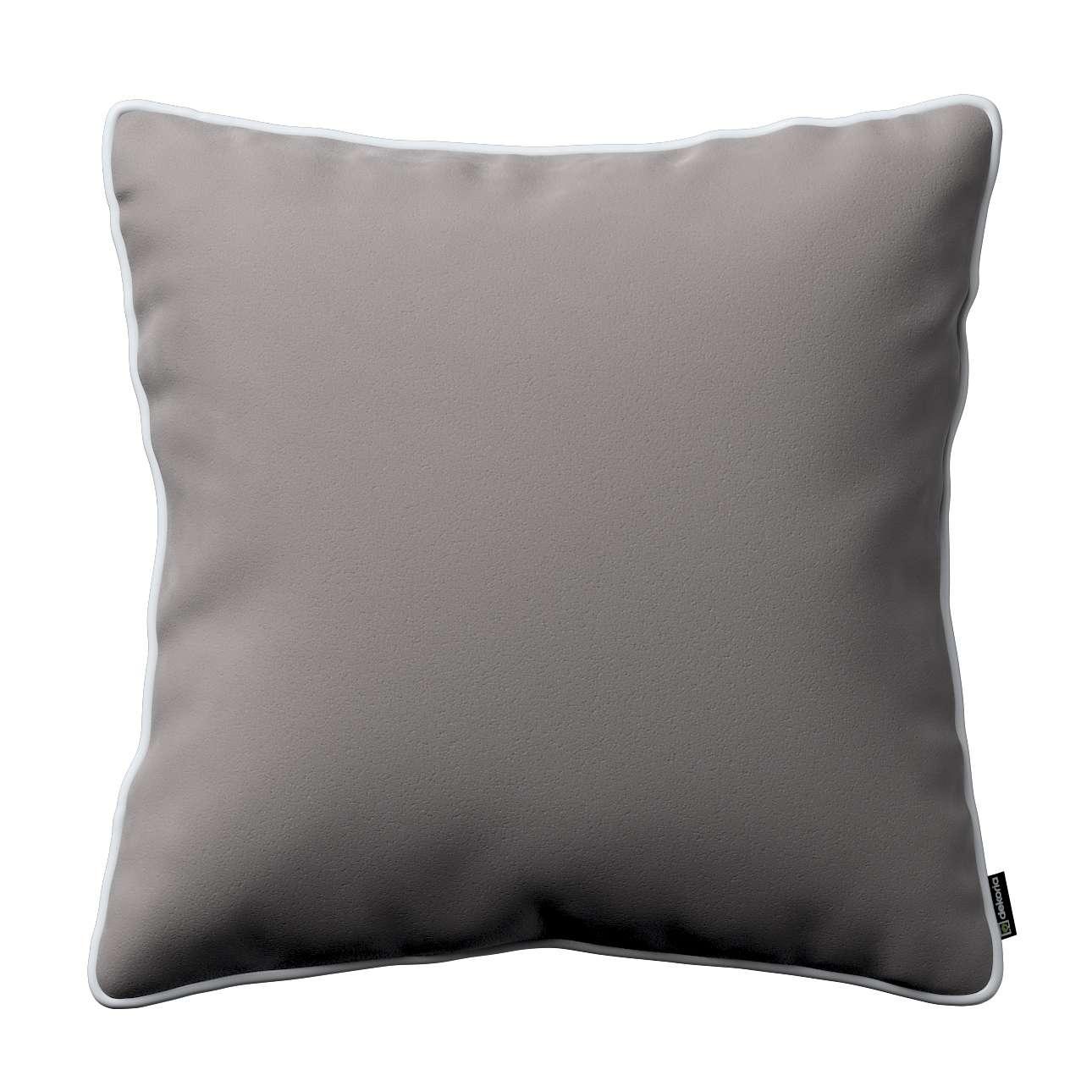 Poszewka Laura na poduszkę w kolekcji Velvet, tkanina: 704-11