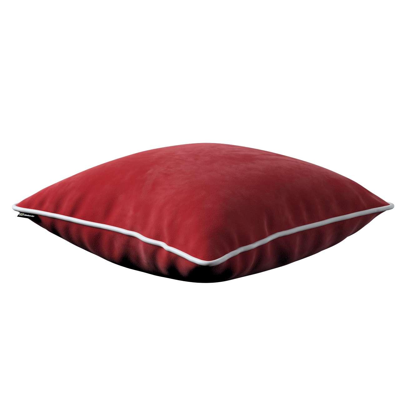 Poszewka Laura na poduszkę w kolekcji Velvet, tkanina: 704-15