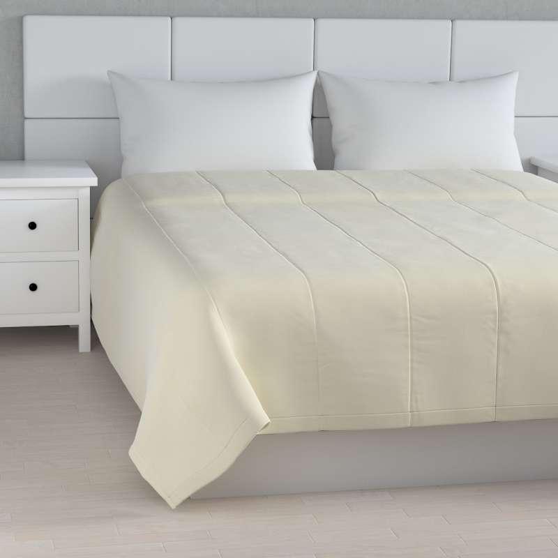 Velvet stripe quilted throw in collection Velvet, fabric: 704-10