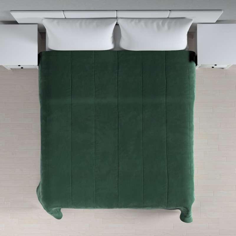 Sengetæppe quiltet<br/>i 25cm striber i velour fra kollektionen Velvet, Stof: 704-25