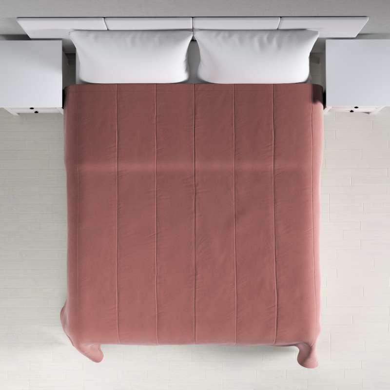Sengetæppe quiltet<br/>i 25cm striber i velour fra kollektionen Velvet, Stof: 704-30