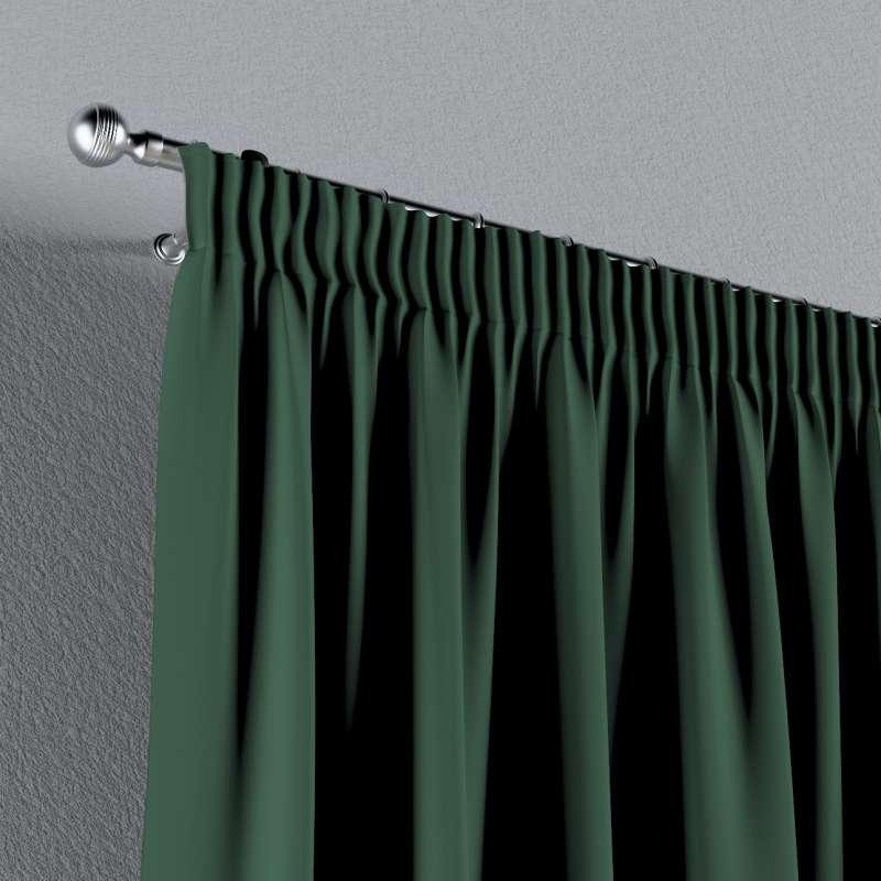 Mörkläggande gardin med rynkband 1 längd i kollektionen Blackout (mörkläggande), Tyg: 269-18