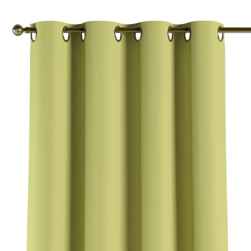 Mörkläggande gardin med öljetter 1 längd i kollektionen Blackout (mörkläggande), Tyg: 269-17