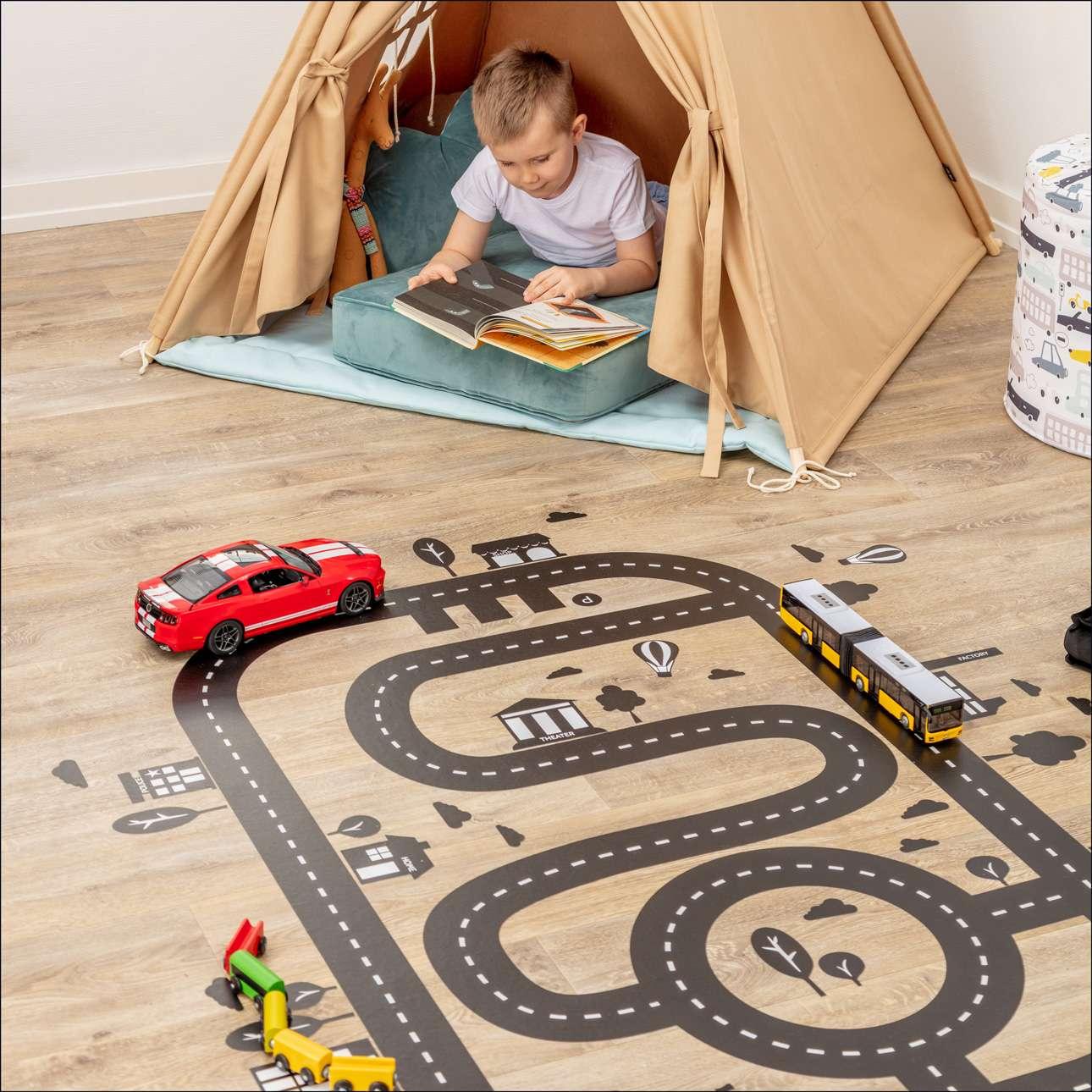 """""""City Track"""" grindų lipdukas"""