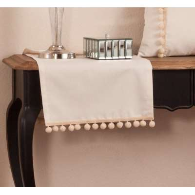 Table runner 40x130cm with pompoms