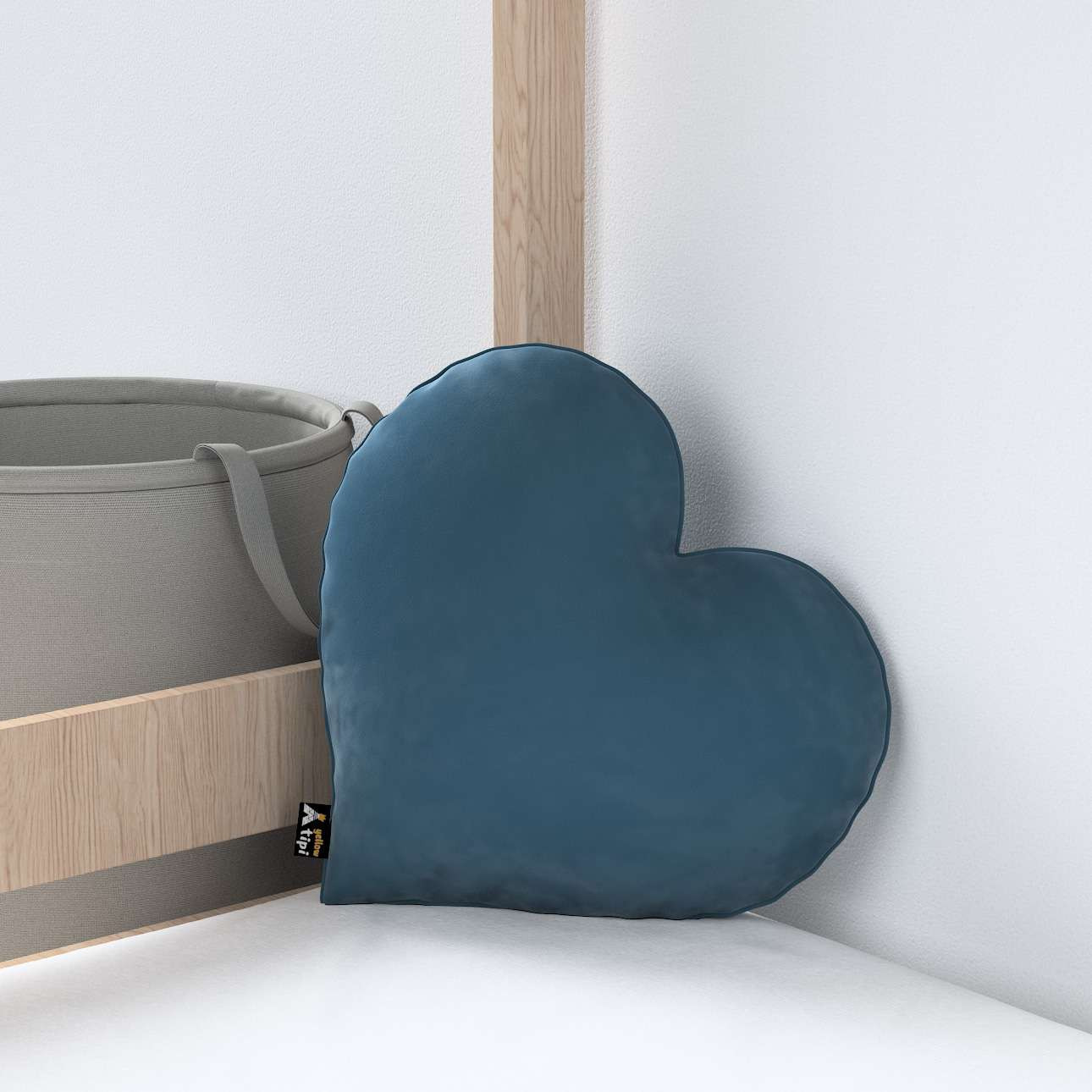 Heart of Love pagalvėlė kolekcijoje Posh Velvet, audinys: 704-16