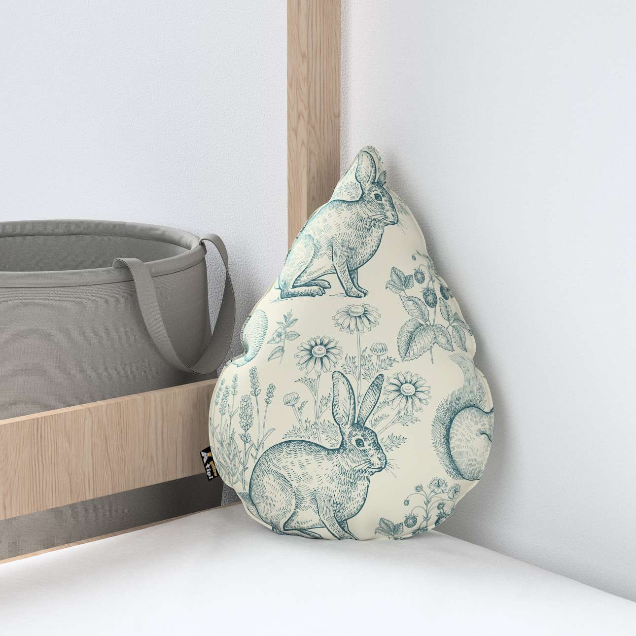 Sweet Drop pillow in collection Magic Collection, fabric: 500-04