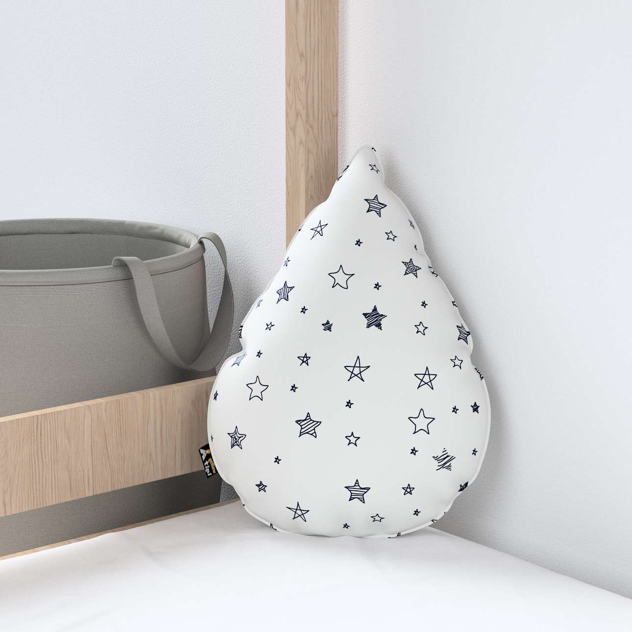 Sweet Drop pillow in collection Magic Collection, fabric: 500-08