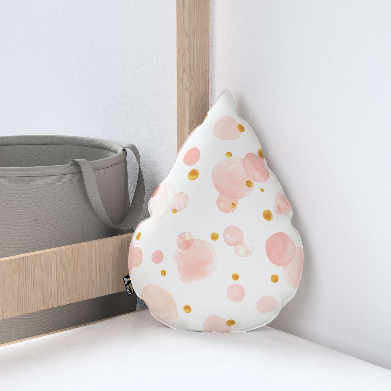 Sweet Drop pillow in collection Magic Collection, fabric: 500-13