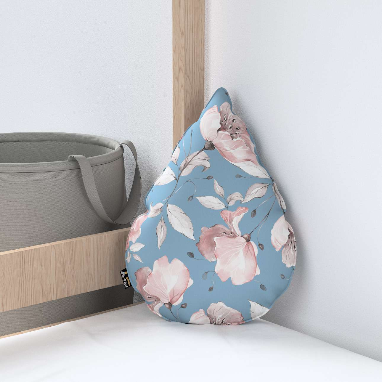 Sweet Drop pillow in collection Magic Collection, fabric: 500-18