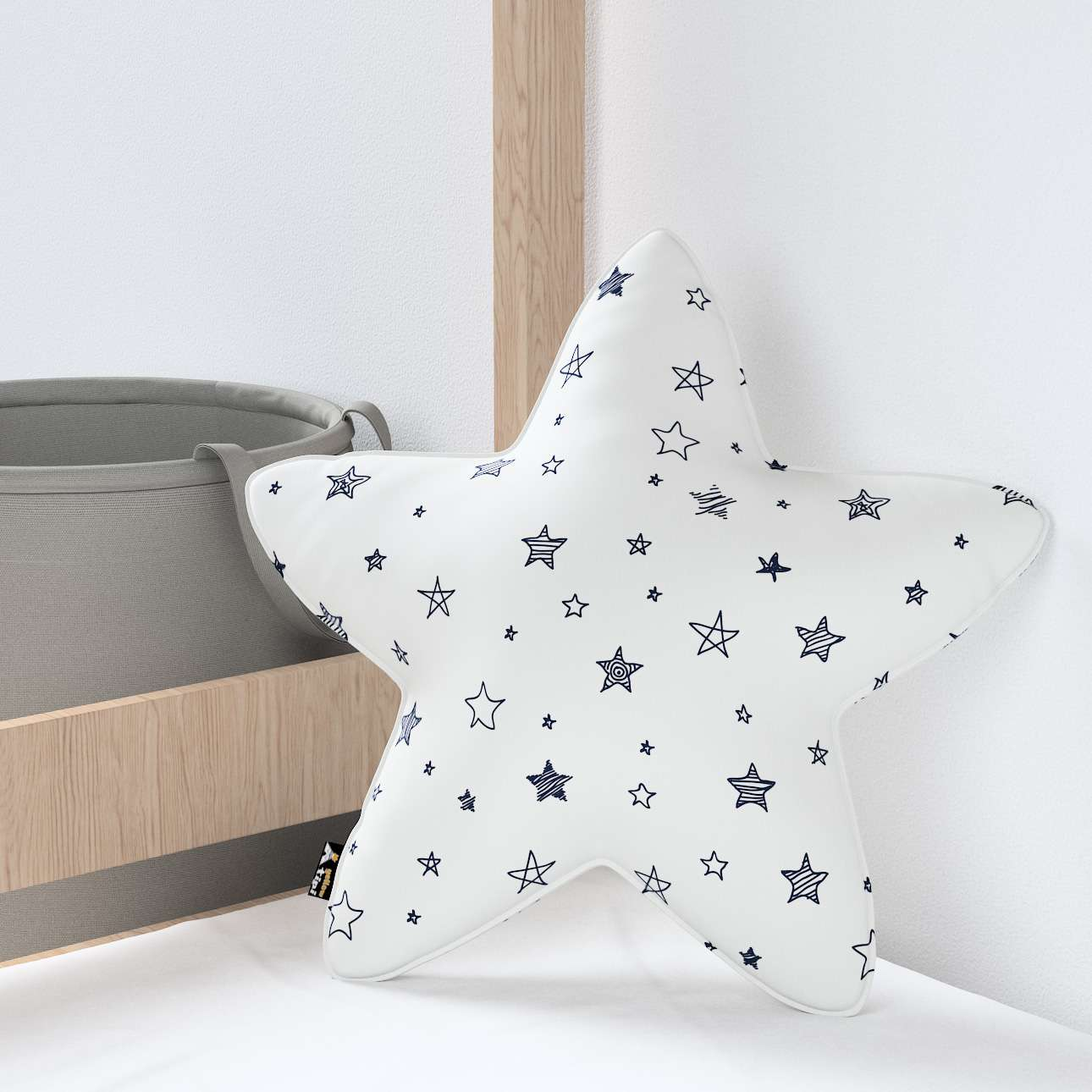 Lucky Star pillow in collection Magic Collection, fabric: 500-08