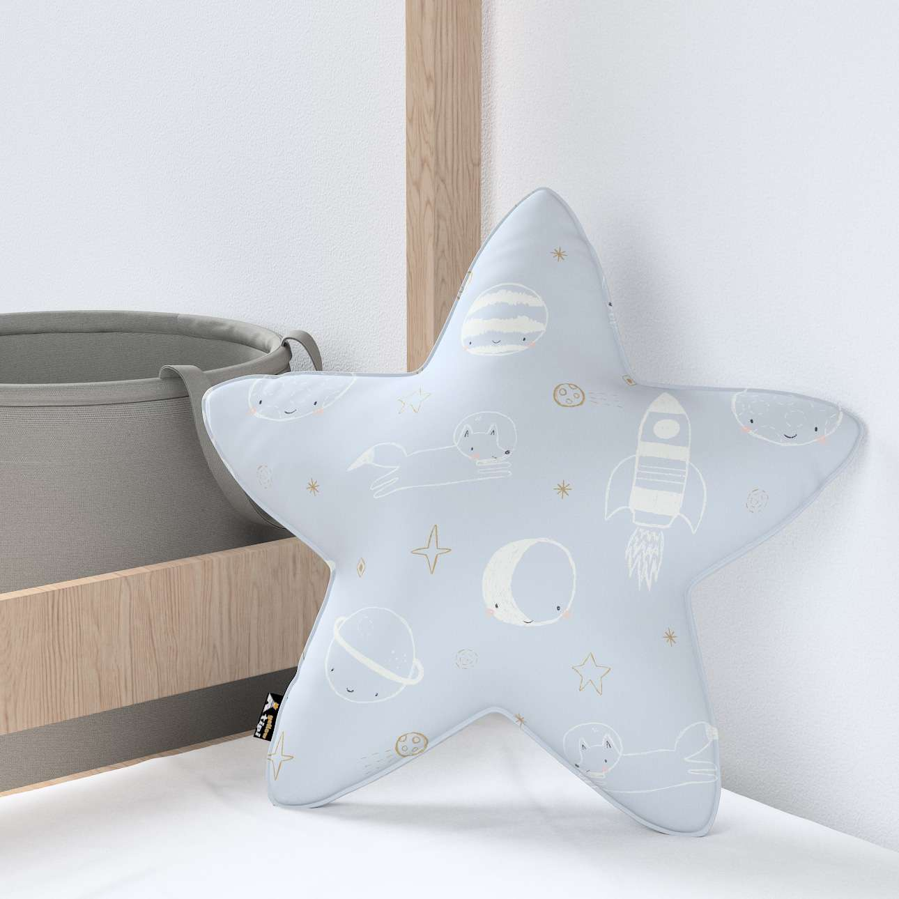 Lucky Star pillow in collection Magic Collection, fabric: 500-16