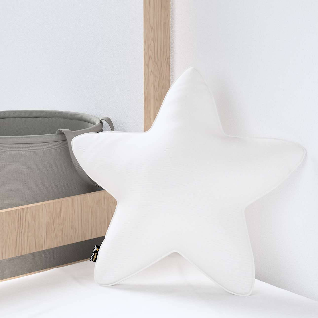 Lucky Star pillow in collection Happiness, fabric: 133-02
