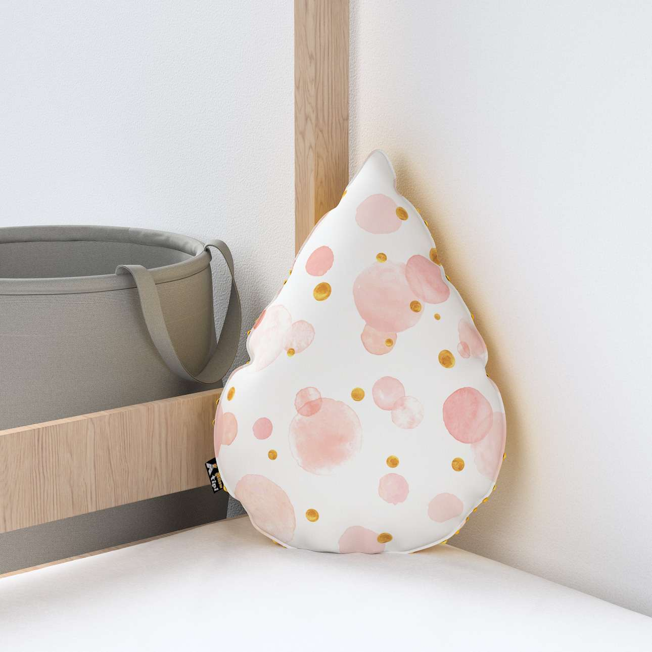 Sweet Drop pillow with minky in collection Magic Collection, fabric: 500-13