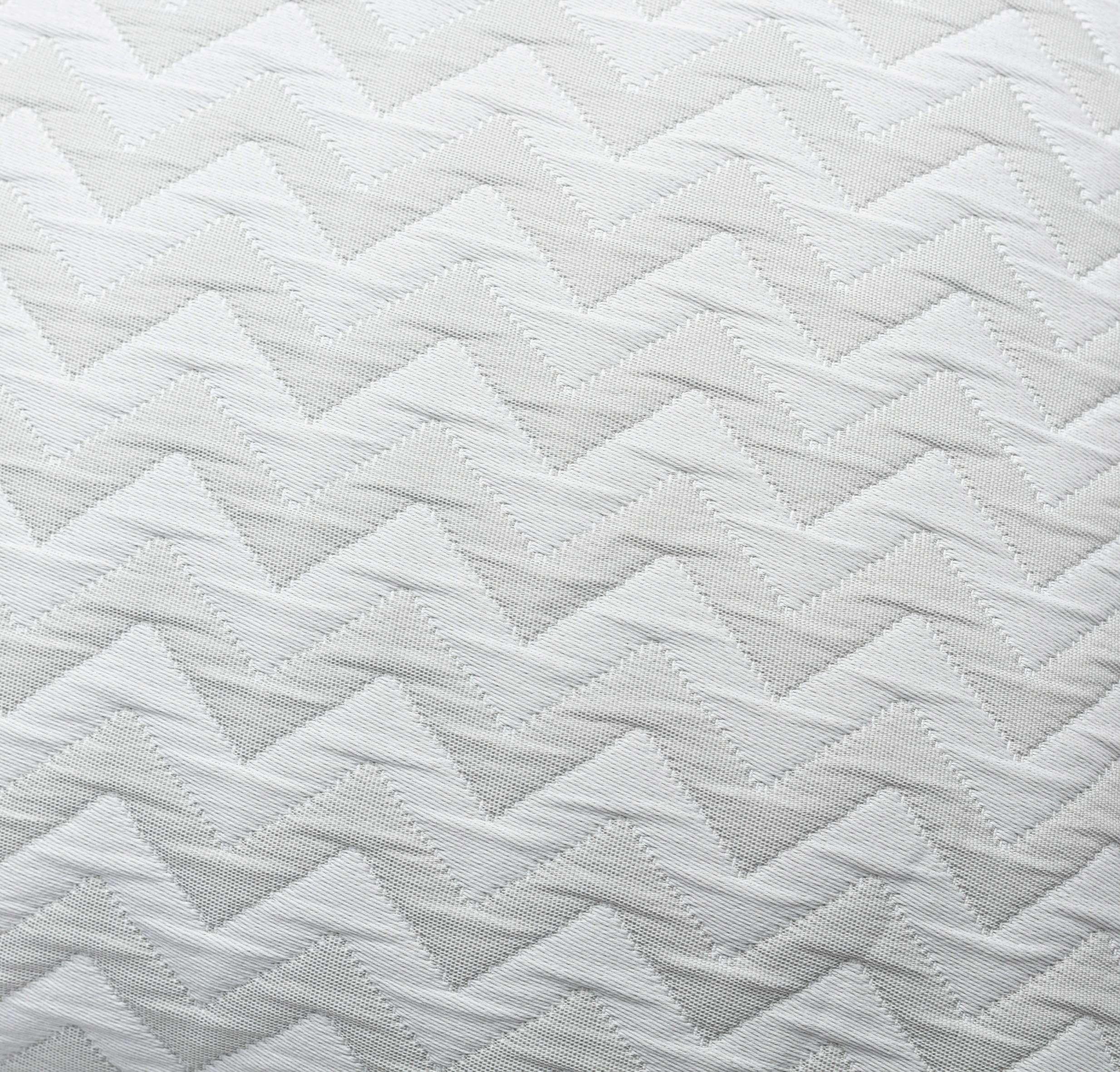 Prehoz Chevron 150 x 240 cm svetlý, prešívaný